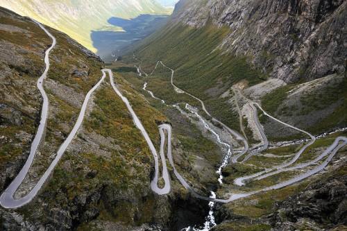 Le strade più belle del mondo moto,Strade pericolose moto,strade mitiche moto,strade mitiche,Le strade più belle del mondo,Strade pericolose, strade spettacolari, strade belle,Trollstigen
