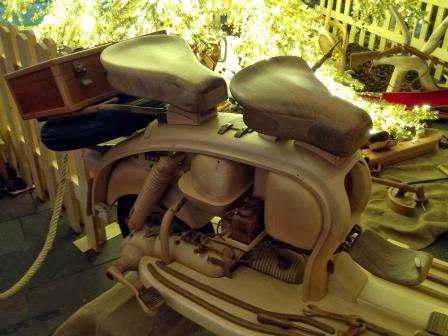 La lambretta di legno, Moto patrticolari