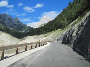 Le strade più belle del mondo moto,Strade pericolose moto,strade mitiche moto,strade mitiche,Le strade più belle del mondo,Strade pericolose, strade spettacolari, strade belle,Mangart Saddle Pass
