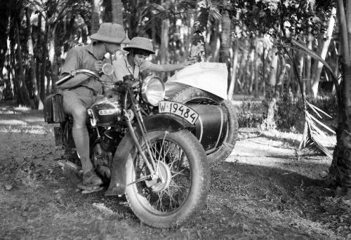 Halina Korolec-Bujakowska, grandi viaggiatori , pionieri viaggi moto, viaggi moto, Halina Bujakowska,