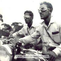 Il giro del mondo in moto nel 1954 dei fratelli Omidvar